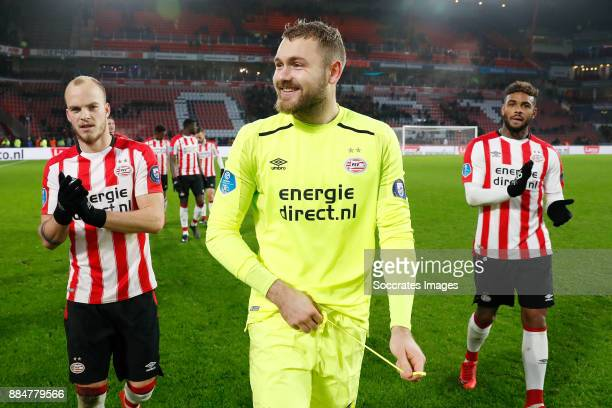 Jorrit Hendrix of PSV Jeroen Zoet of PSV Jurgen Locadia of PSV during the Dutch Eredivisie match between PSV v Sparta at the Philips Stadium on...