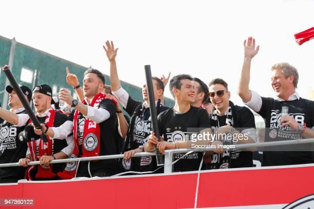 Jorrit Hendrix of PSV, Luuk Koopmans of PSV, Hirving Lozano of PSV, Santiago Arias of PSV, Marcel Brands of PSV, Maximiliano Romero of PSV leaving...