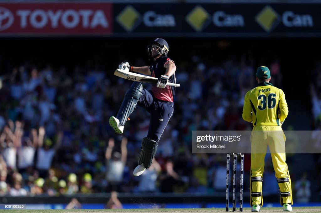 Jos Butler of England celebrates his hundred during game three of the One Day International series between Australia and England at Sydney Cricket Ground on January 21, 2018 in Sydney, Australia.