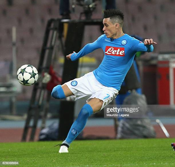 Josè Callejon of Napoli during the UEFA Champions League match between SSC Napoli and FC Dynamo Kyiv at Stadio San Paolo on November 23 2016 in Naples