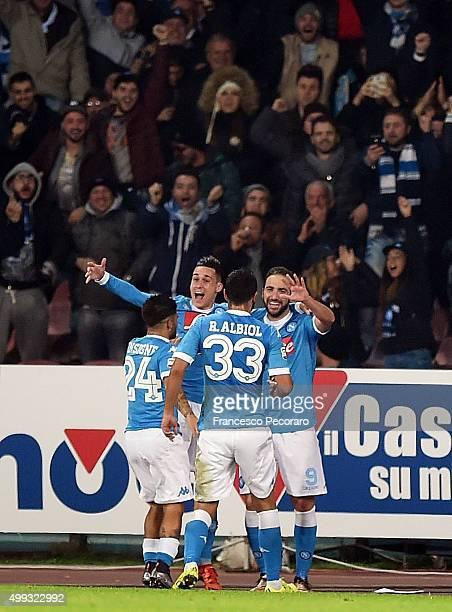 Josè Maria Callejon Raul Albiol Lorenzo Insigne and Gonzalo Higuain of Napoli celebrate a goal 20 scored by Gonzalo Higuain during the Serie A match...