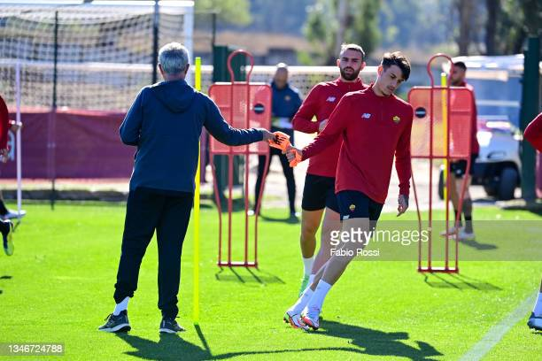 Josè Mourinho and Roger Ibanez during a training session at Centro Sportivo Fulvio Bernardini on October 15, 2021 in Rome, Italy.
