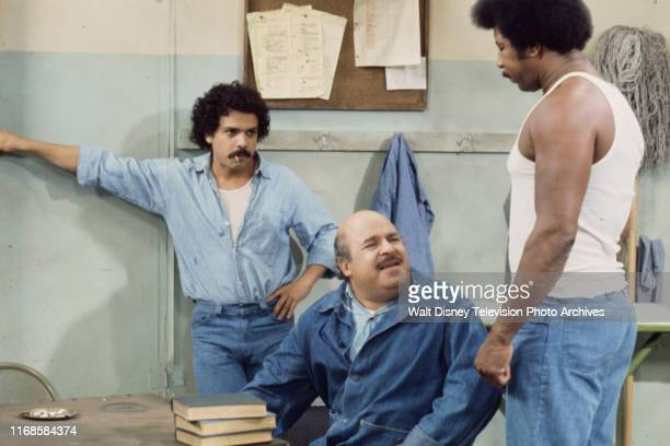 José Pérez Sorrell Booke Hal Williams appearing in the ABC tv series 'On The Rocks' episode 'The High and the Mighty'