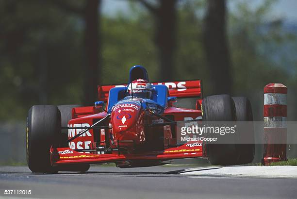 Jos Verstappen of the Netherlands drives the Footwork Hart Footwork FA17 Hart V8 during the San Marino Grand Prix on 5th May 1996 at the Autodromo...