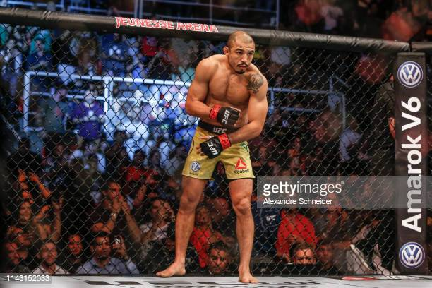 Jose Aldo of Brazil prepares to fight Alexander Volkanovski of Australia in their Featherweight bout during the UFC 237event at Jeunesse Arena on May...