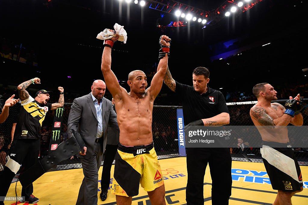 UFC 200: Aldo v Edgar 2 : News Photo