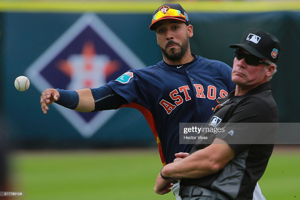 Jose Altuve #27 of Houston Astros throws the ball during the preseason match between Houston Astros and San Diego Padres at Fray Nano Stadium on March 27, 2016 in Mexico City, Mexico.