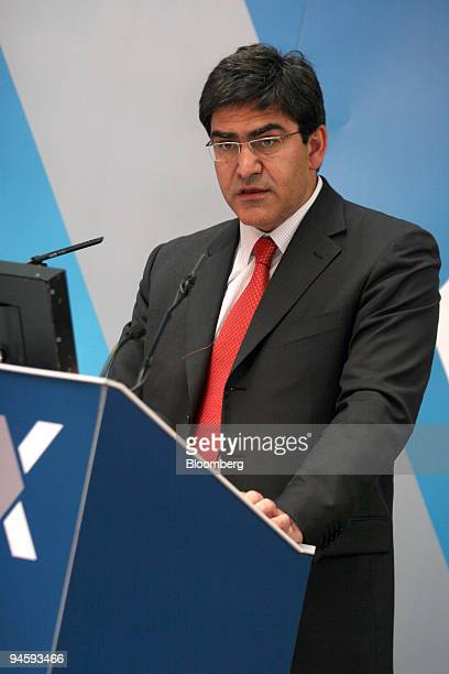 Jose Antonio Alvarez chief financial officer Banco Santander Central Hispano SA speaks during a news conference at the BME Bolsas y Mercados in...