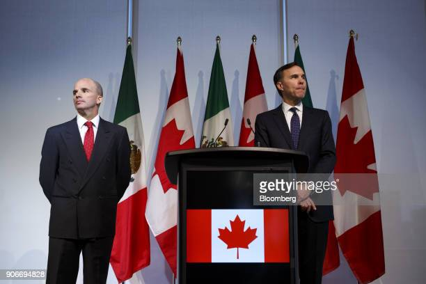 Jose Antonio GonzalezAnaya, Mexico's finance minister, left, and Bill Morneau, Canada's finance minister, stand during a joint news conference in...