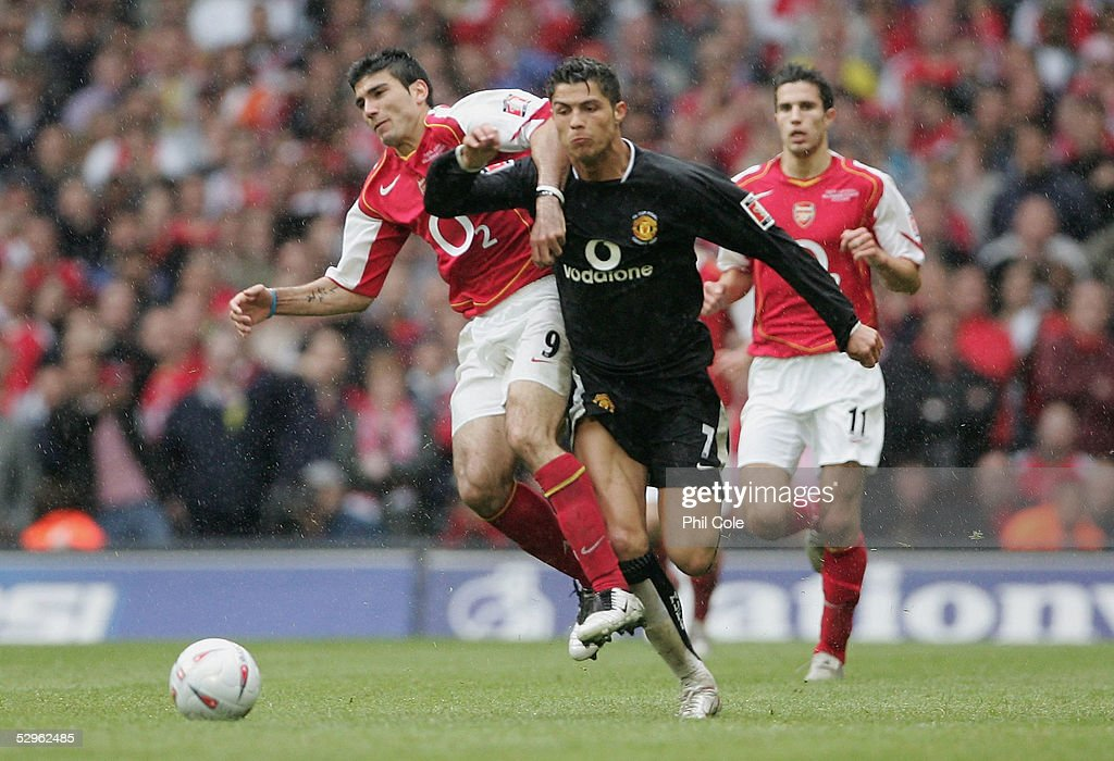 FA Cup Final - Arsenal v Manchester United : News Photo