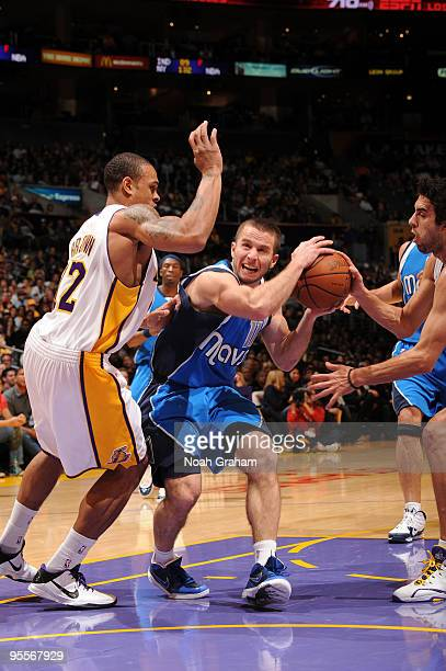 Jose Barea of the Dallas Mavericks goes to the basket against Shannon Brown of the Los Angeles Lakers at Staples Center on January 3, 2010 in Los...