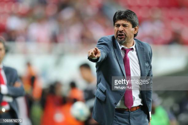 Jose Cardozo coach of Chivas gives instructions to his players during the fifth round match between Chivas and Veracruz as part of the Torneo...