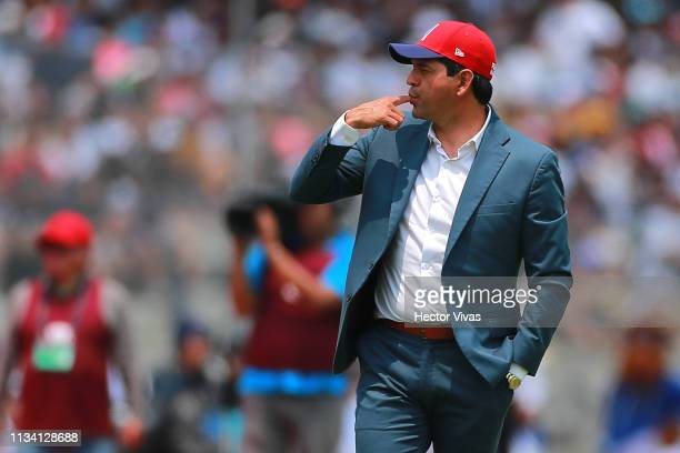 Jose Cardozo Head Coach of Chivas gestures during the 12th round match between Pumas UNAM and Chivas as part of the Torneo Clausura 2019 Liga MX at...