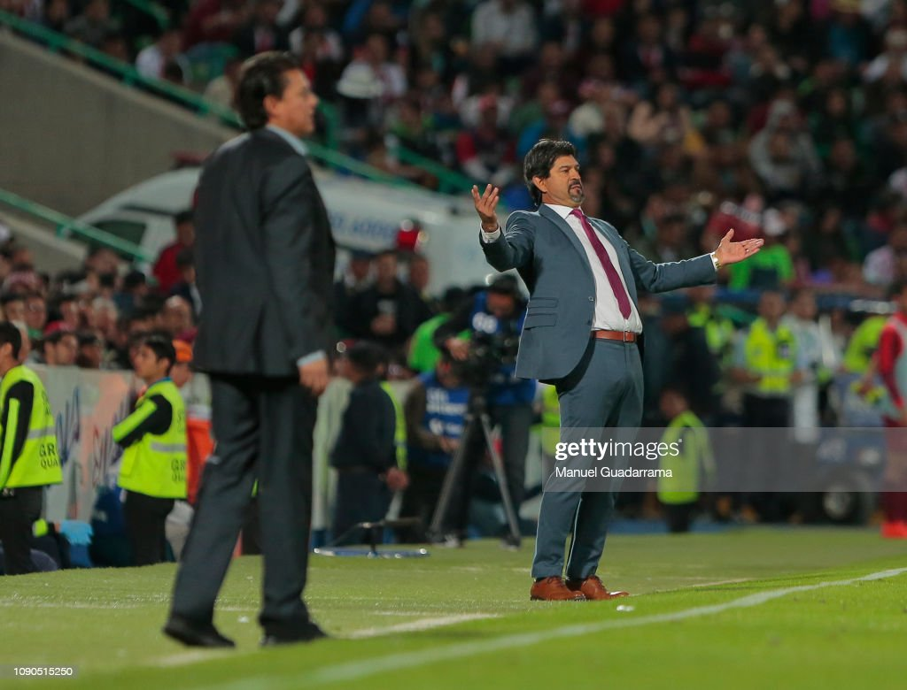 Santos Laguna v Chivas - Torneo Clausura 2019 Liga MX : Fotografía de noticias