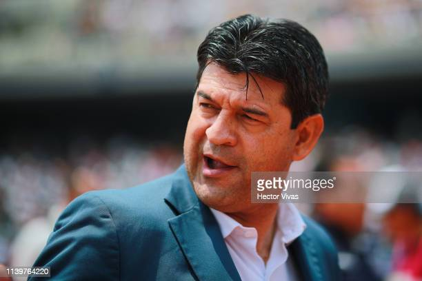 Jose Cardozo, Head Coach of Chivas looks on during the 12th round match between Pumas UNAM and Chivas as part of the Torneo Clausura 2019 Liga MX at...
