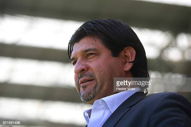Jose Cardozo head coach of Toluca during the 14th round match between Toluca and Veracruz as part of the Clausura 2016 Liga MX at Nemesio Diez...
