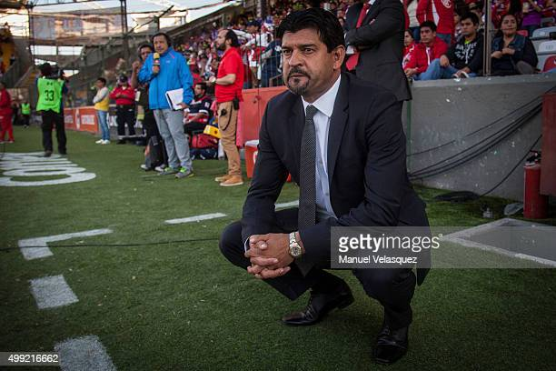 Jose Cardozo head coach of Toluca looks on during the quarterfinals second leg match between Toluca and Puebla as part of the Apertura 2015 Liga MX...