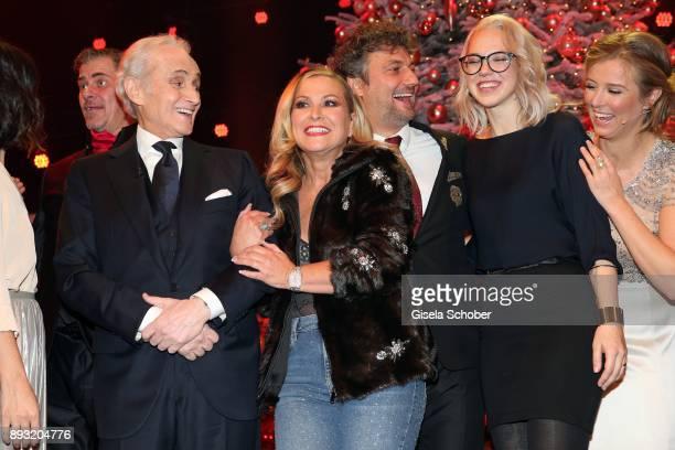 Jose Carreras Anastacia Jonas Kaufmann Stefanie Heinzmann and Nina Eichinger during the 23th annual Jose Carreras Gala at Bavaria Filmstudios on...