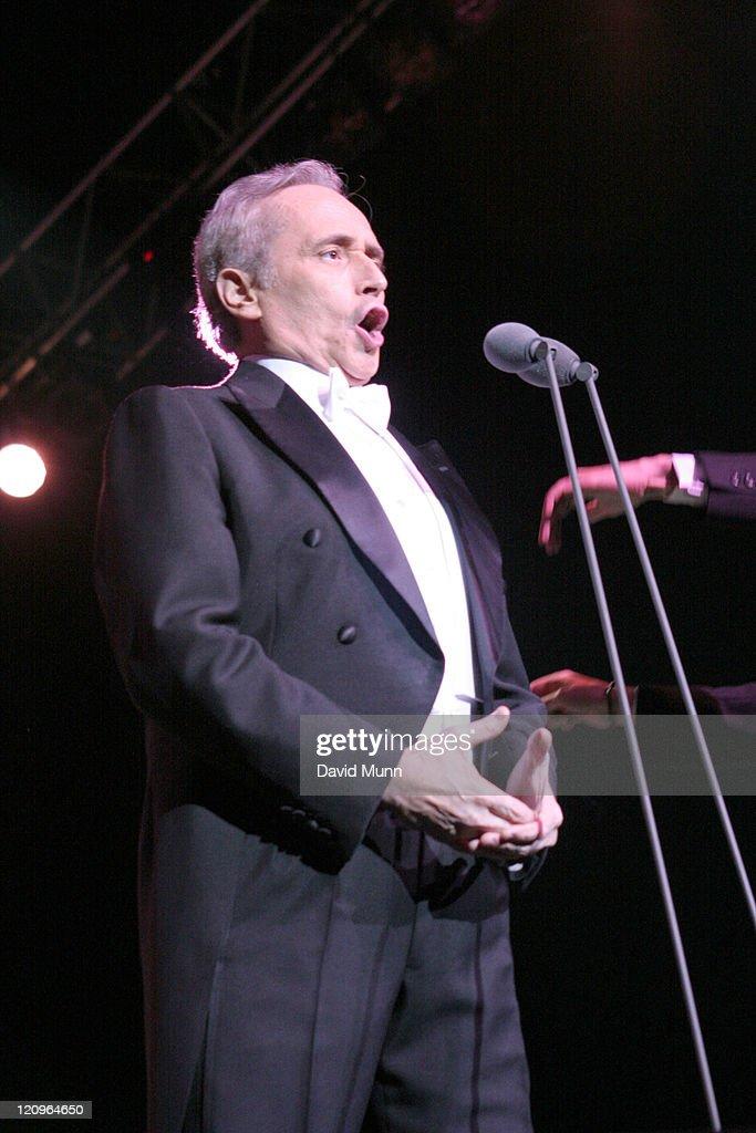 Jose Carreras Performs at The Summer Pops - July 24, 2005 : Fotografia de notícias