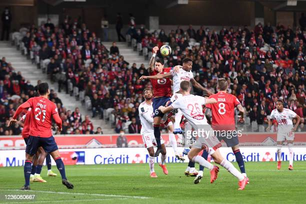 Jose FONTE - 23 Christophe HERELLE during the Ligue 1 Uber Eats match between Lille and Brest at Stade Pierre Mauroy on October 23, 2021 in Lille,...