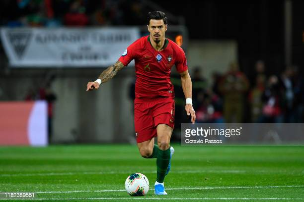Jose Fonte of Portugal in action during the UEFA Euro 2020 Qualifier match between Portugal and Lithuania at Algarve Stadium on November 14, 2019 in...