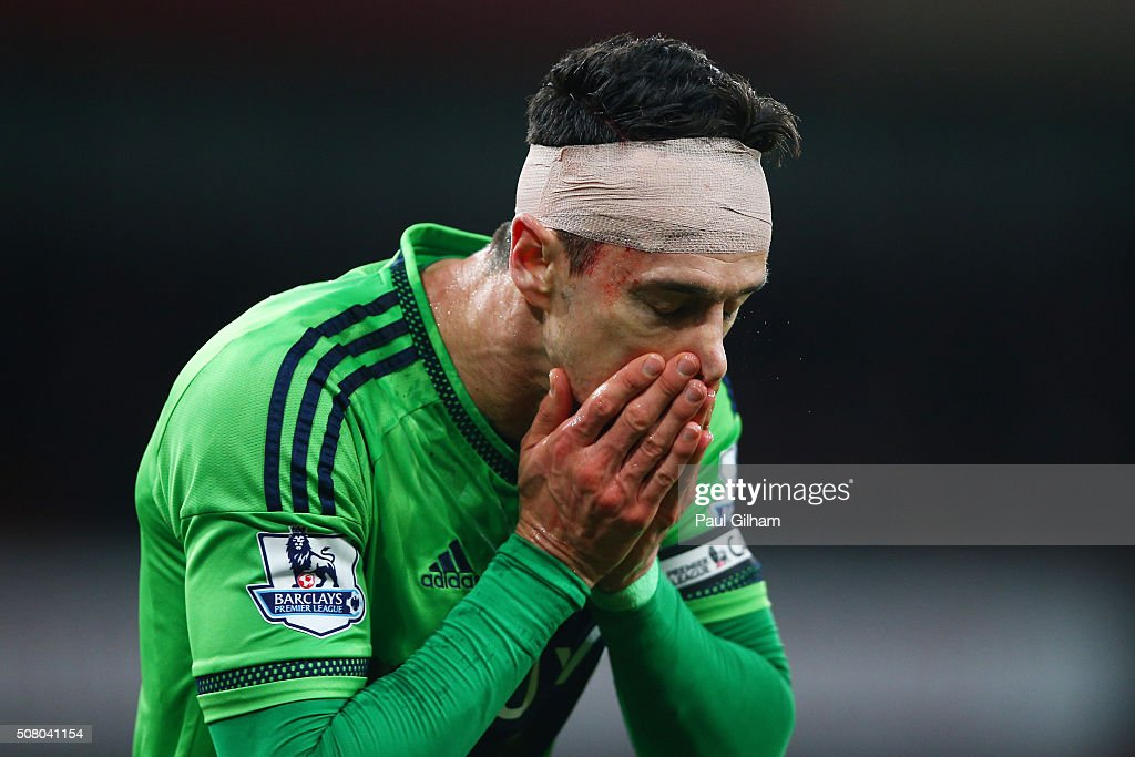 Jose Fonte of Southampton wearing bandage is seen during the Barclays Premier League match between Arsenal and Southampton at the Emirates Stadium on February 2, 2016 in London, England.