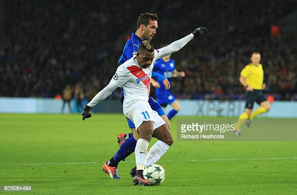 Jose Izquierdo of Club Brugge scores his sides first goal during the UEFA Champions League match between Leicester City FC and Club Brugge KV at The...