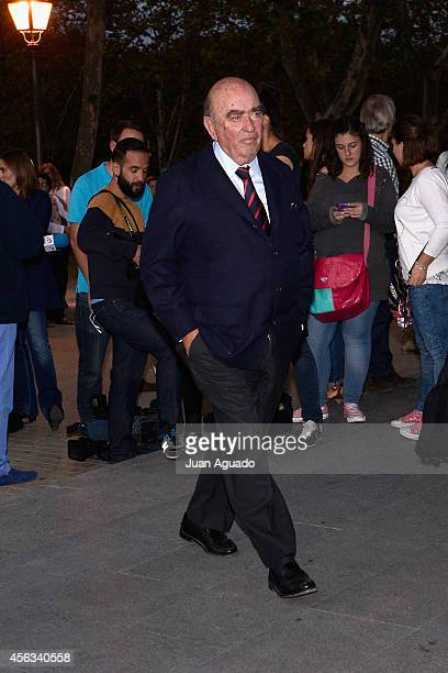 Jose Llado attends Parque San Isidro Cemetery following the death of Miguel Boyer on September 29 2014 in Madrid Spain Spanish politician Miguel...