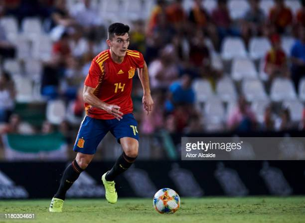 "Jose Luis Garcia ""Pepelu"" of Spain U21 in action during the international friendly between Spain U21 and Germany U21 at Nuevo Arcangel on October 10,..."