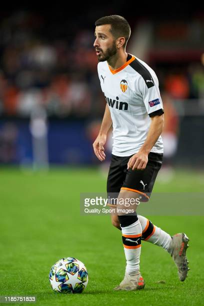 Jose Luis Gaya of Valencia CF in action during the UEFA Champions League group H match between Valencia CF and Lille OSC at Estadio Mestalla on...