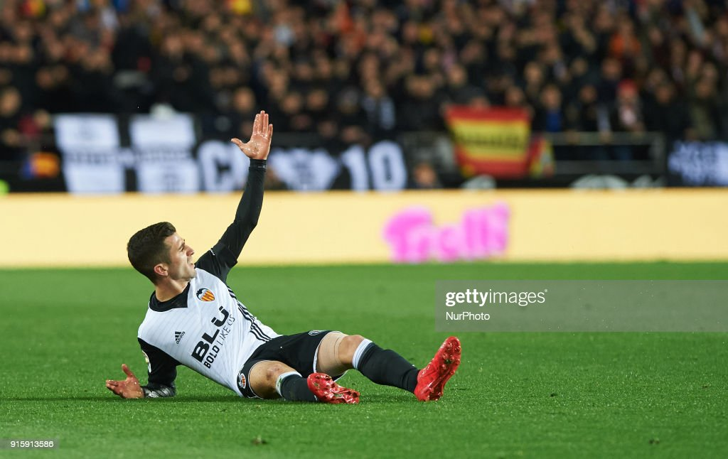 Jose Luis Gaya of Valencia CF reacts during the spanish Copa del Rey semi-final, second leg match between Valencia CF and FC Barcelona at Mestalla Stadium, on February 8, 2018 in Valencia, Spain