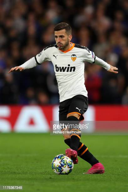 Jose Luis Gaya of Valencia in action during the UEFA Champions League group H match between Chelsea FC and Valencia CF at Stamford Bridge on...