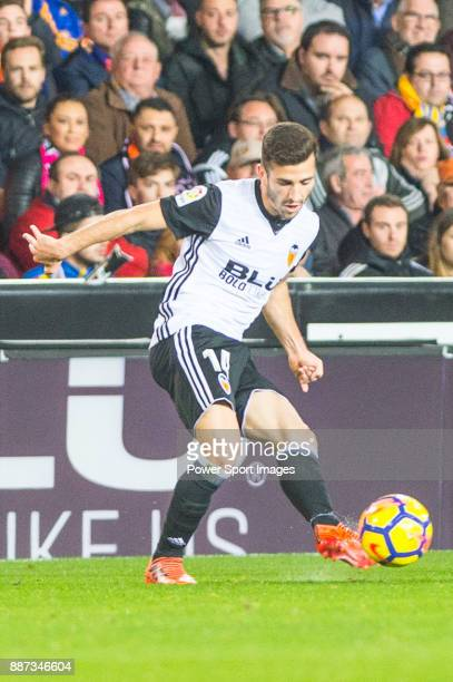 Jose Luis Gaya Pena of Valencia CF runs with the ball during the La Liga 201718 match between Valencia CF and FC Barcelona at Estadio de Mestalla on...