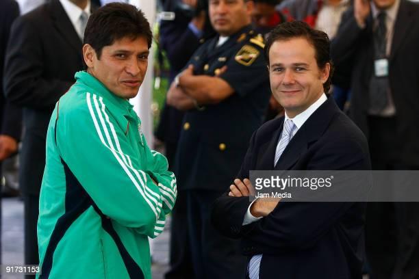 Jose Luis Gonzalez headcoach of the U17 Mexico team and Bernardo de la Garza pose for a photograph during the sendoff of Mexican U17 National Soccer...