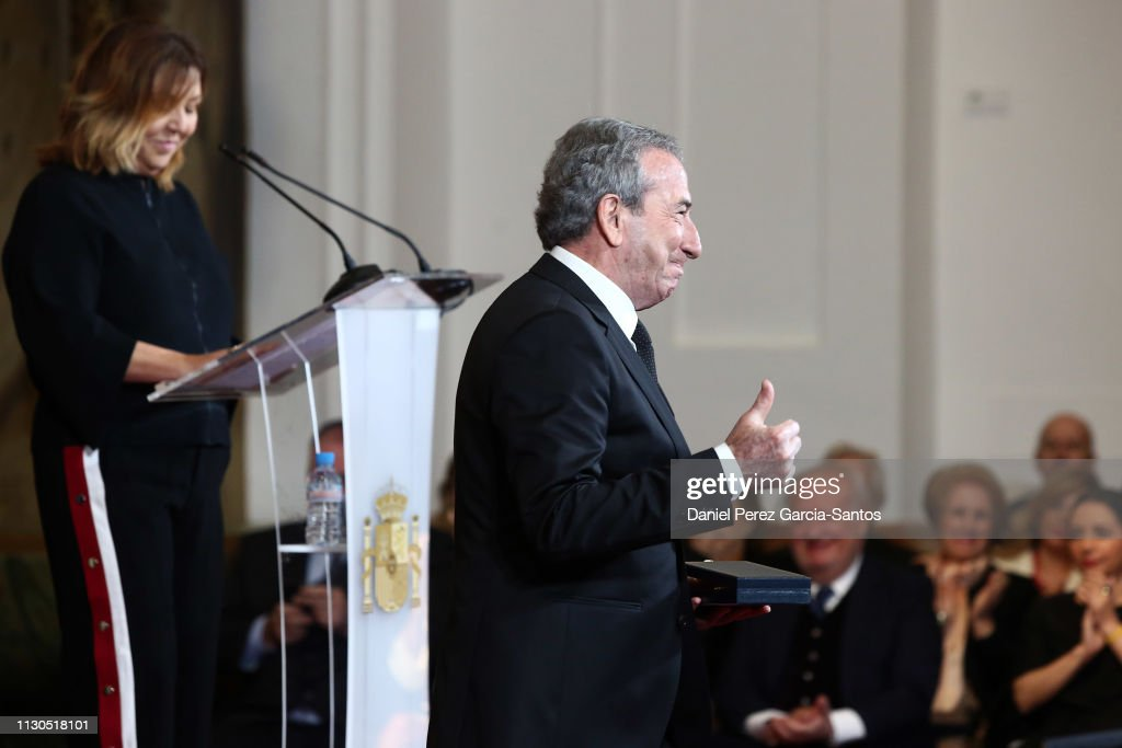 Spanish Royals Attend 'Bellas Artes' Golden Medal Awards : Fotografía de noticias