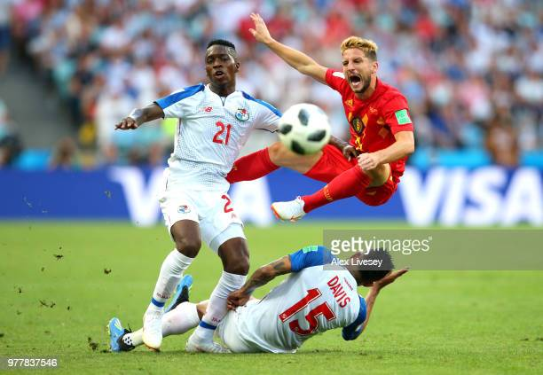 Jose Luis Rodriguez and Eric Davis of Panama clash with Dries Mertens of Belgium during the 2018 FIFA World Cup Russia group G match between Belgium...