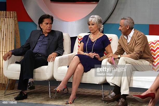 Jose Luis Rodriguez El Puma Johanna Rosaly and Papo Brenes appear on 'Alexandra De Noche' on September 17 2015 in San Juan Puerto Rico