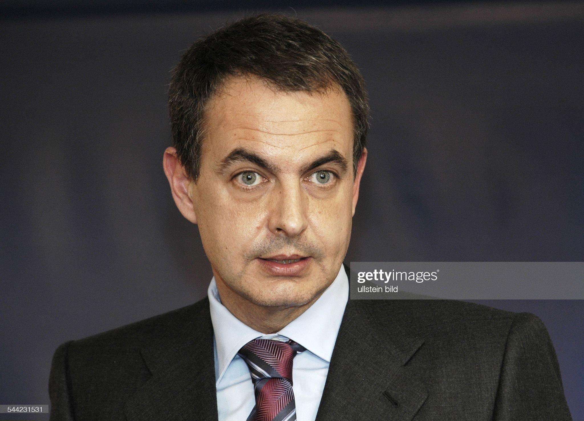COLOR DE OJOS (clasificación y debate de personas famosas) - Página 8 Jose-luis-rodriguez-zapatero-premierminister-von-spanien-picture-id544231531?s=2048x2048