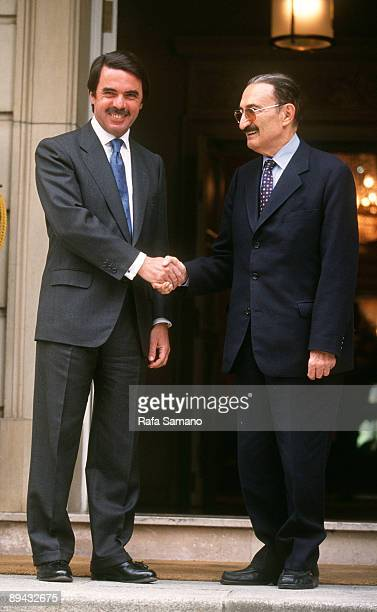 Jose Mº Aznar receives in the Moncloa to the first Turkish minister Jose Mº Aznar receives in the Moncloa to the first Turkish minister Bulent Ecevit