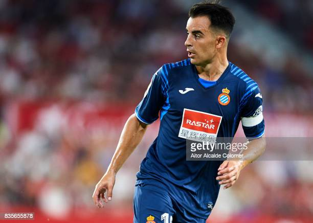 Jose Manuel Jurado of RCD Espanyol looks on during the La Liga match between Sevilla and Espanyol at Estadio Ramon Sanchez Pizjuan on August 19 2017...
