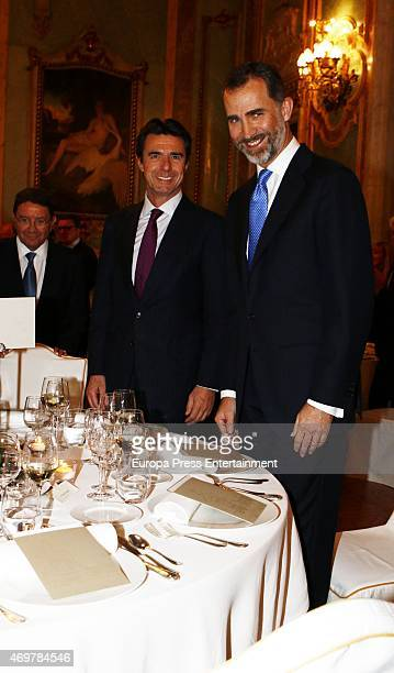 Jose Manuel Soria and King Felipe VI of Spain attend a dinner during the World Travel and Tourism Council on April 14 2015 in Madrid Spain