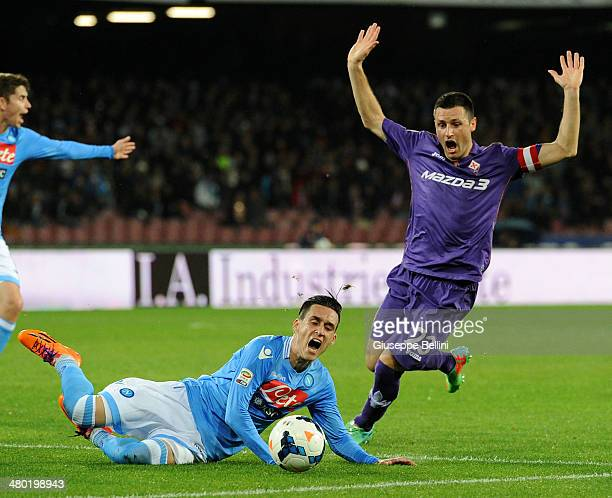 Jose Maria Callejon of Napoli and Manuel Pasqual of Fiorentina in action during the Serie A match between SSC Napoli and ACF Fiorentina at Stadio San...