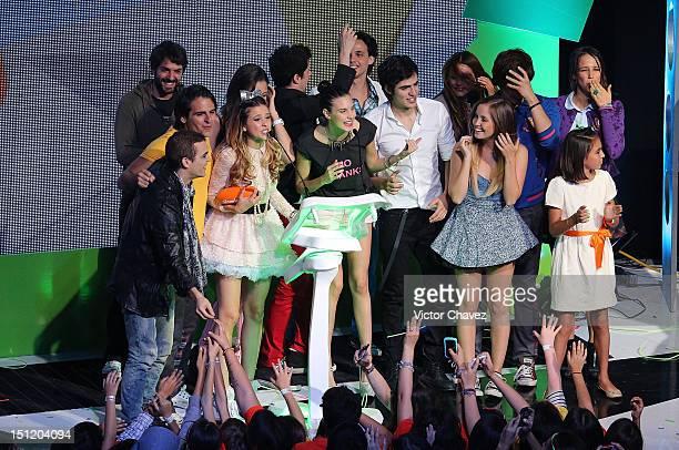Jose Maria de Tavira Grettell Valdez and winners of best group or latin duo M15 Natasha Dupeyrón Jack Duarte Paulina Goto Macarena Achaga Yago Muñoz...