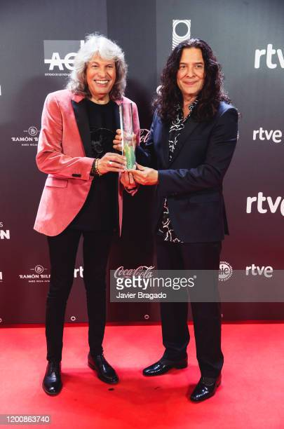 Jose Merce and Tomatito winners of The Best Flamenco Album award pose in the trophy room during the 1st Odeon Awards at Teatro Real on January 20...