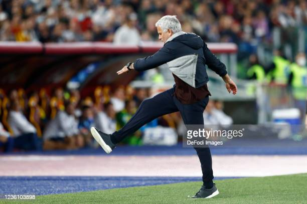 Jose Mourinho Head Coach of AS Roma gestures before getting a red card by the referee Davide Massa during the Serie A match between AS Roma and SSC...