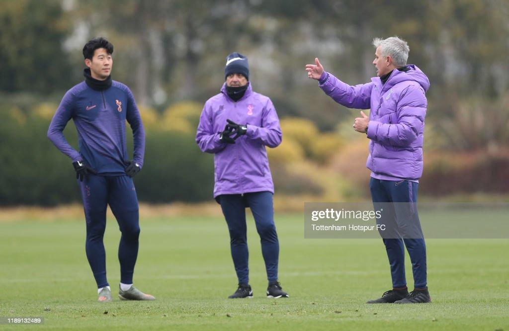 Tottenham Hotspur Training and Press Conference : ニュース写真
