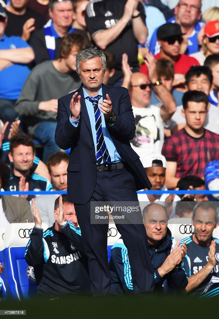 Jose Mourinho manager of Chelsea applauds Steven Gerrard of Liverpool as he leaves the pitch against Chelsea at Stamford Bridge for the final time during the Barclays Premier League match between Chelsea and Liverpool at Stamford Bridge on May 10, 2015 in London, England.