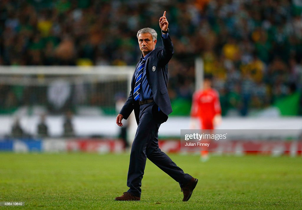 Sporting Clube de Portugal v Chelsea FC - UEFA Champions League : News Photo