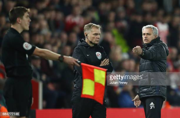 Jose Mourinho Manager of Manchester United argues with the fourth offical during the Premier League match between Southampton and Manchester United...