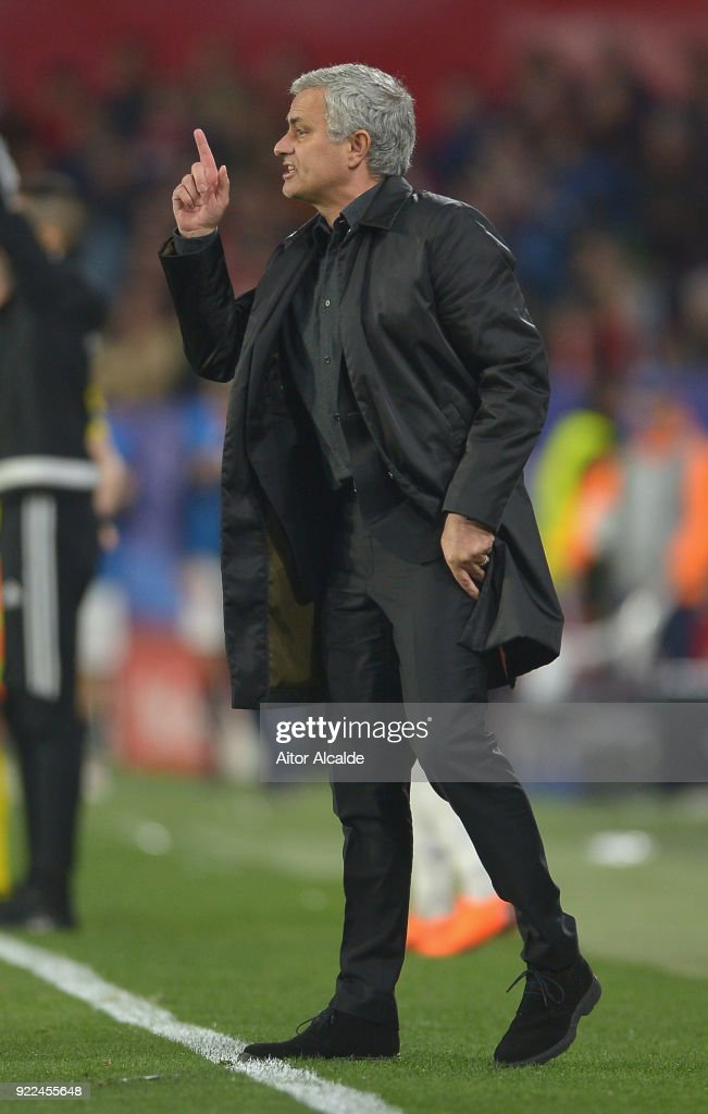 Sevilla FC v Manchester United - UEFA Champions League Round of 16: First Leg : Photo d'actualité
